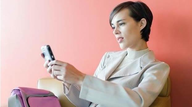 Las mujeres constituyen un mercado subatendido por los servicios financieros móviles