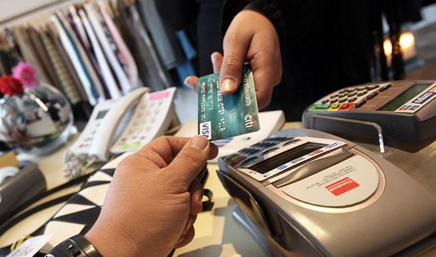 En Chile los turistas extranjeros gastaron 11% más en compras con tarjetas de crédito
