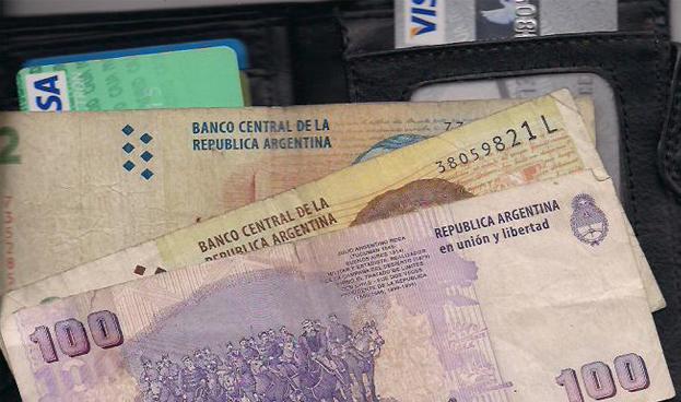 Visa amplía en Argentina el monto de extracción de efectivo en puntos de venta