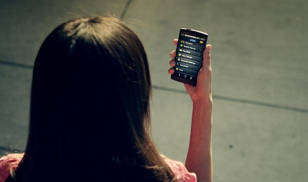 Éxito de la banca móvil depende de bajos costos