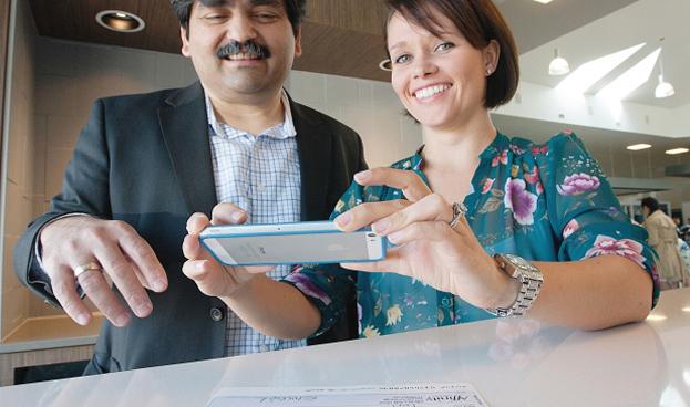 En Ecuador los cheques se pueden depositar a través de un smartphone