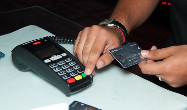 BAC compró cartera de tarjetas de crédito y préstamos de la Corporación Servivalores