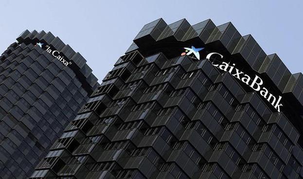 El español CaixaBank recibe premio al banco más innovador del mundo