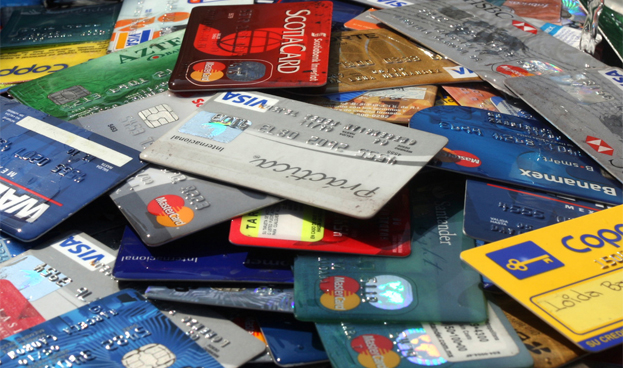 En México las tarjetas de crédito comerciales superan a bancarias