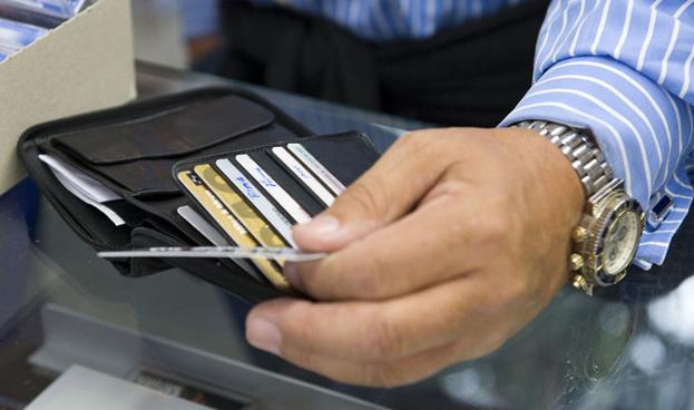 El costo para financiarse con tarjetas de crédito aumentó en Argentina