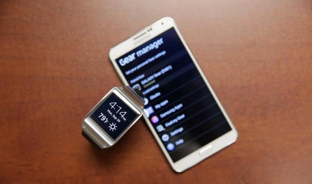 PayPal y Samsung Gear 2: por primera vez podrás pagar tu compra con un reloj