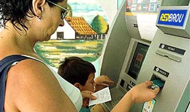 En Uruguay RedBROU emitió más de un millón de tarjetas