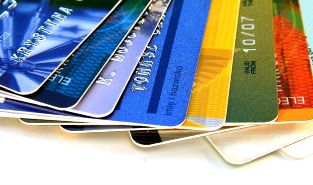 Bancos paraguayos facturaron USD 13,4 millones en servicio de tarjetas de crédito