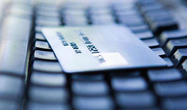La tarjeta de crédito es el mecanismo de pago más usado en internet en Colombia