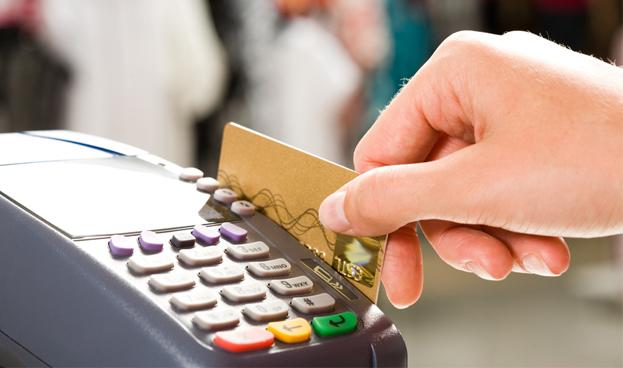 Bancos paraguayos percibieron USD 20 millones en 3 meses por servicios de tarjetas