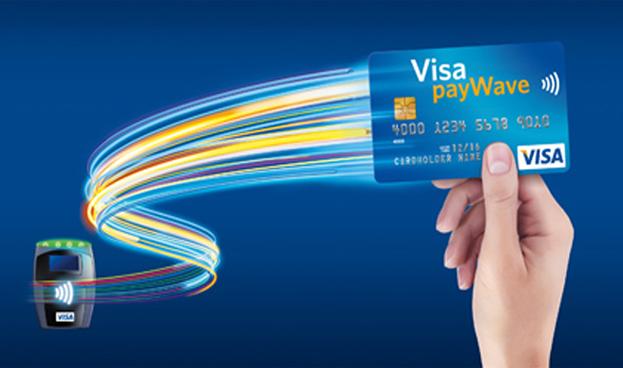 Voluntarios de la Copa Mundial reciben tarjeta Visa con tecnología de pago sin contacto