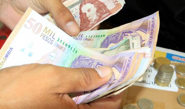 En Colombia prefieren el efectivo hasta para ahorrar