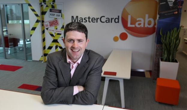 Las formas de pago van más allá del efectivo: MasterCard