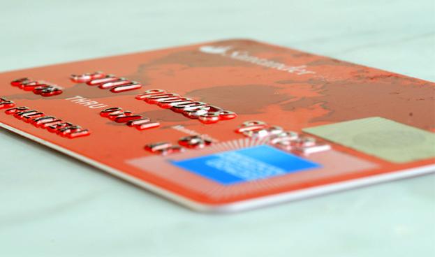 En México Santander y American Express se alían para nueva tarjeta de crédito