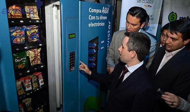 El Banco Central de Ecuador prueba su dinero electrónico móvil en el Campus Party