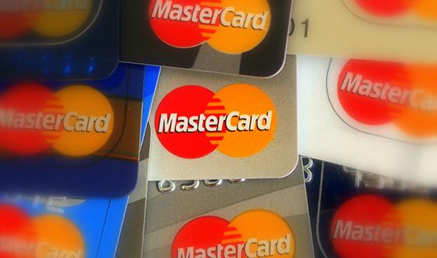 Ganancias de MasterCard superan las expectativas por mayor uso de tarjetas