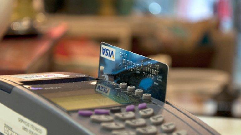 En Argentina la AFIP ratificó que los negocios están obligados a aceptar tarjetas de débito