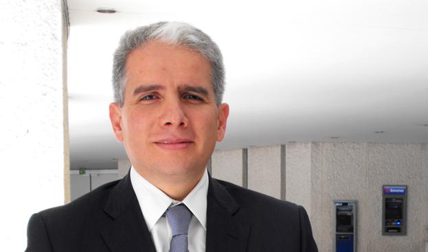 León Vega, director de Servicios de Adquirente de Banamex
