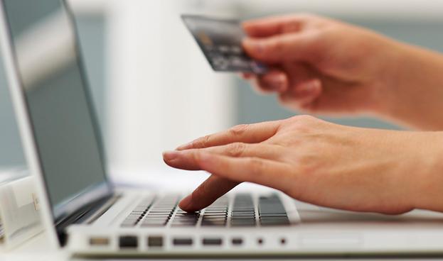 Compras online con tarjetas de crédito se disparan en Perú