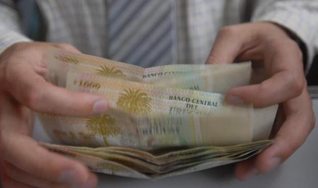 Unos 900 mil uruguayos no tienen tarjetas de crédito