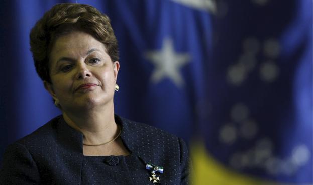 Economistas prevén mayor inflación y contracción del PBI en Brasil