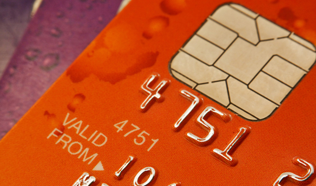 EE.UU. concreta migración de banda magnética a chip sin precedentes