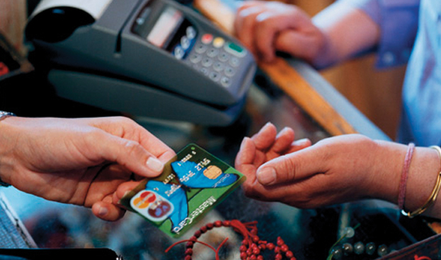 Se duplican en cinco años las empresas españolas que aceptan tarjetas