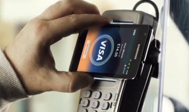 Cinco de cada diez españoles usará su móvil para pagar en 2020