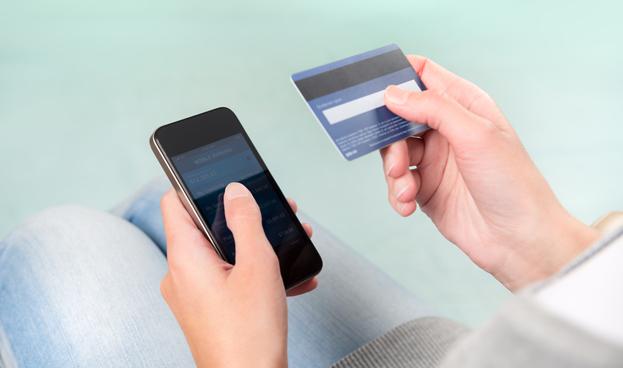 Telefónica presenta un servicio móvil para verificar pagos con las tarjetas en el extranjero