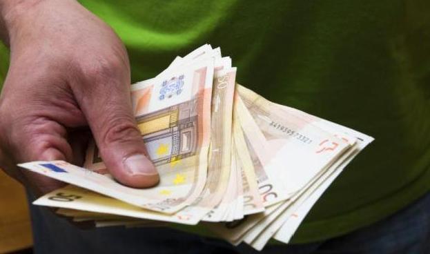 España sigue enganchada a los pagos en metálico