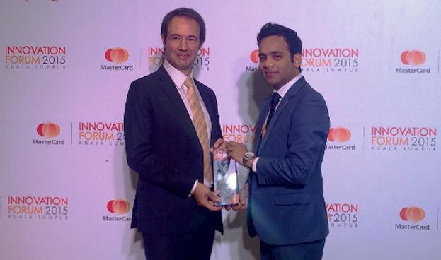Banco Internacional de Vietnam recibe premio de MasterCard