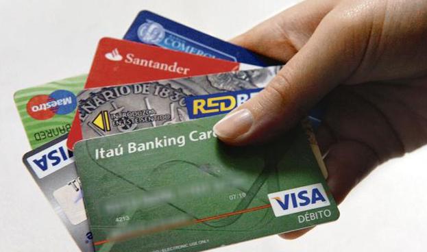 Se afianza el aumento en uso de tarjeta de débito en Uruguay