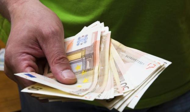 El dinero en efectivo no está en peligro de extinción en España