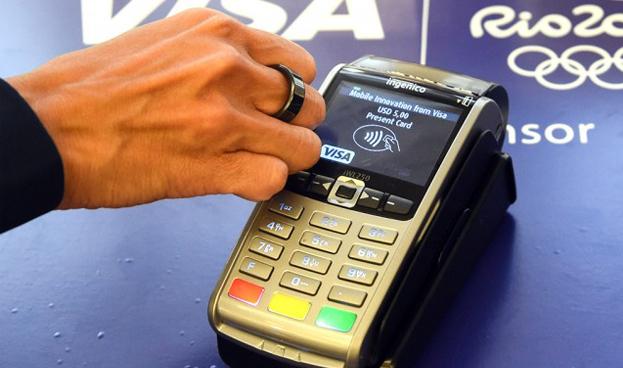 Visa lanza un anillo para los JJOO con el que poder pagar en los comercios