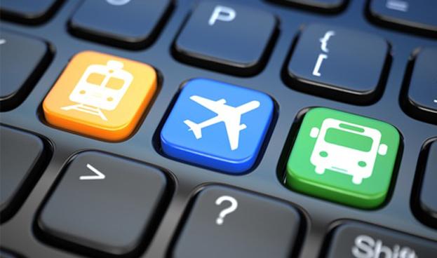 Agencias de viajes y transporte aéreo conservan el liderazgo del comercio online español
