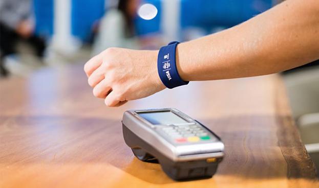 Visa probará brazalete para pagos móviles con 3.000 usuarios en los Juegos Olímpicos