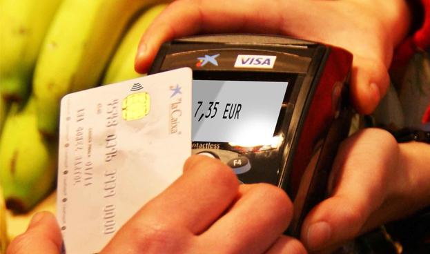 Aumentan los pagos con tarjeta en España hasta el 45,9%