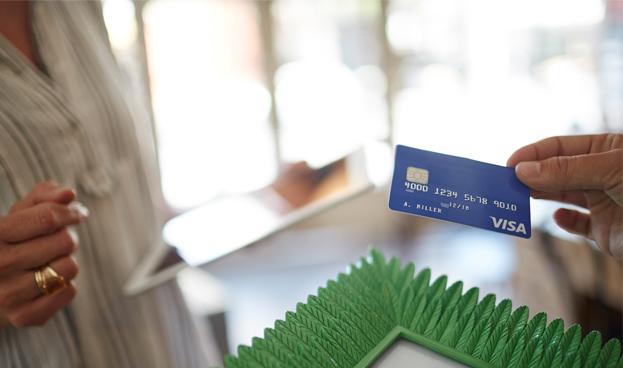 En Argentina los bancos dueños de Visa y de Banelco avanzan con su venta