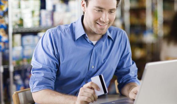 Los compradores españoles huyen del crédito y evitan este tipo de tarjetas