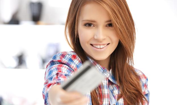 Argentina: tarjetas de débito y crédito son también cosa de chicos