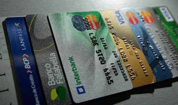 Perú: operaciones financieras sin dinero en efectivo crecieron en más de 11%