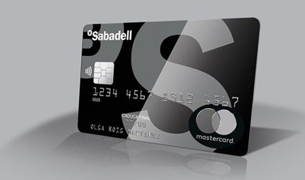 En España Sabadell y Mastercard, lanzan primera tarjeta metálica sin contacto de Europa