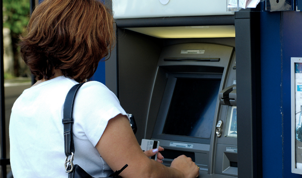 ¿Cómo influyen los ATM en los hábitos de compra?