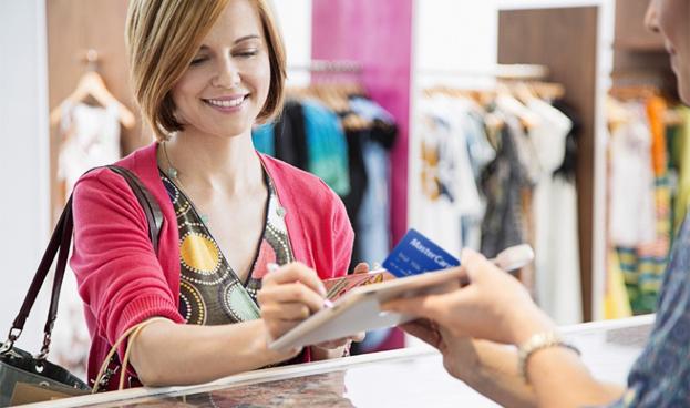 En Perú Scotiabank devolverá 27,8% de gastos que realicen sus clientas con tarjetas de crédito, ¿por qué?