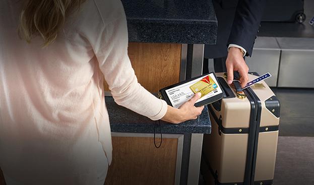 En EE.UU las aerolíneas ganan más dinero vendiendo millas que asientos