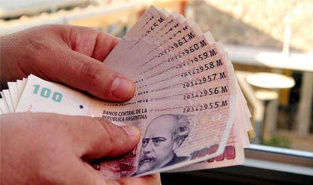 Crece en Argentina la demanda de préstamos personales frente a las tarjetas