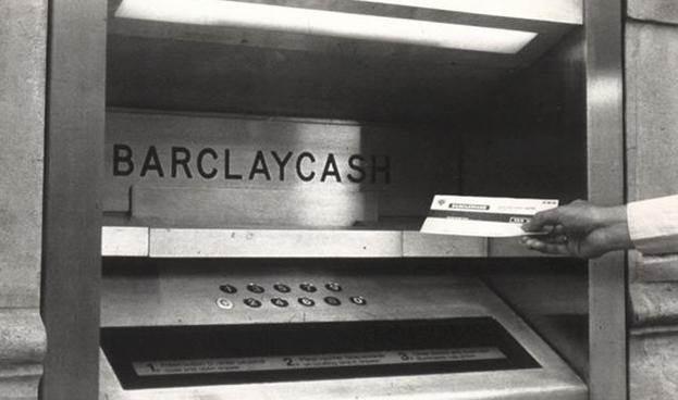 A 50 años del primer cajero automático