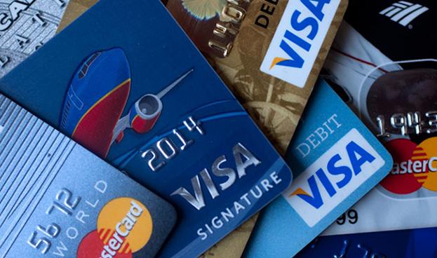 Costarricenses aumentaron en 51% deuda con tarjetas de crédito en cinco años