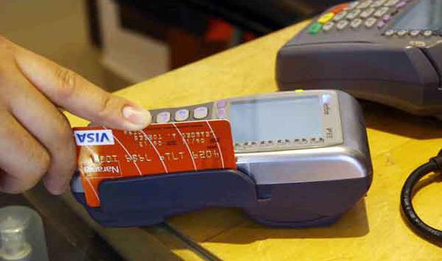 Retrocedieron 7% las compras con tarjetas de crédito en Argentina