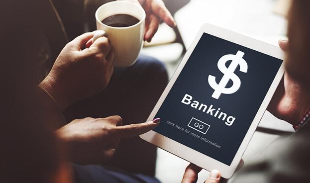Bancos: los clientes prefieren medios digitales